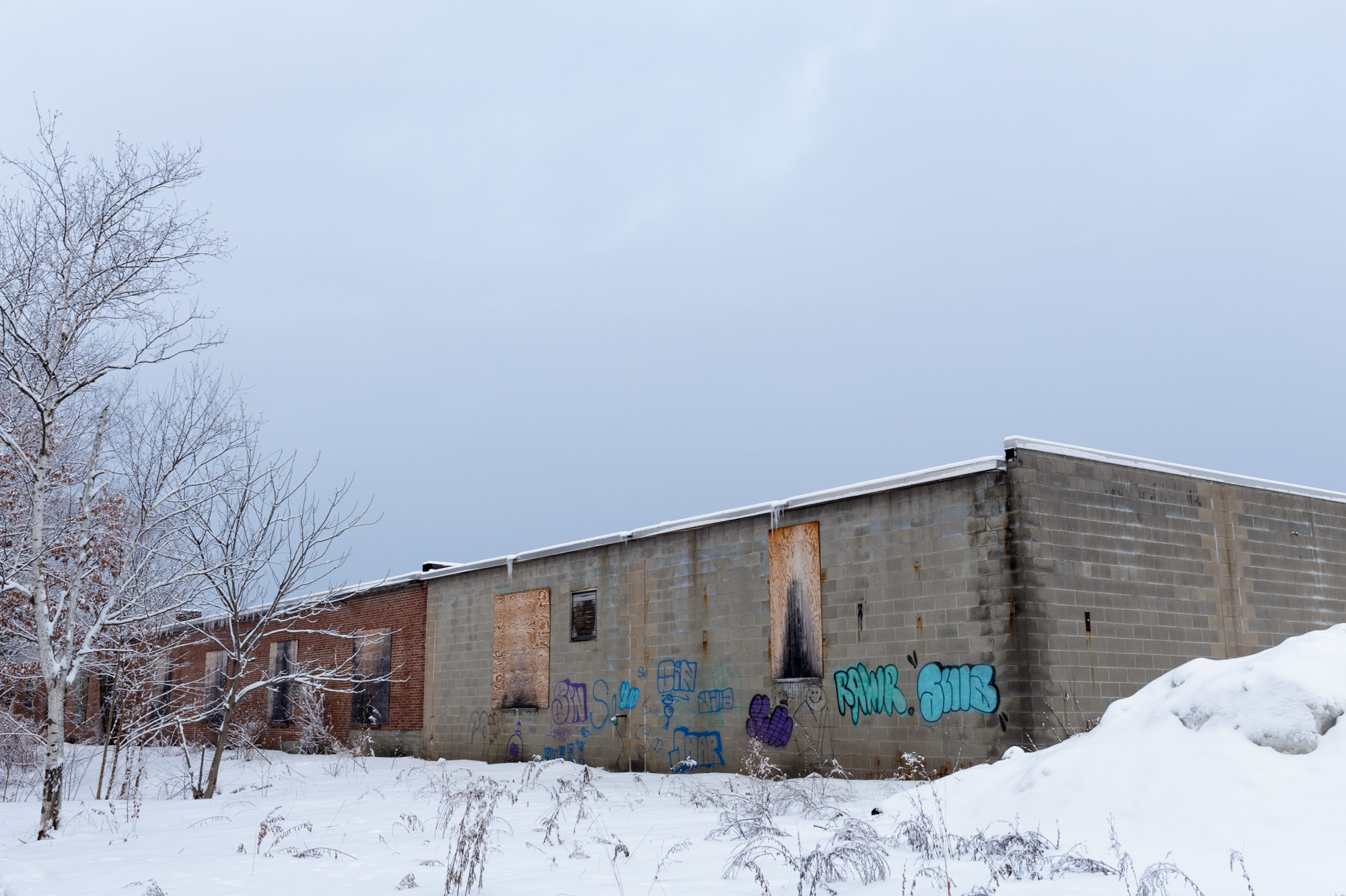 Graffiti, Building, Snow, and Sky